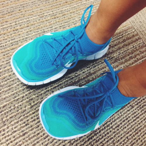 do you wear nike free flyknit with socks