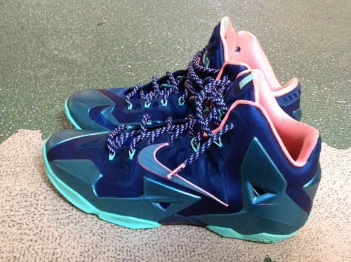 de80819e3fd4 Performance Review  Nike LeBron XI