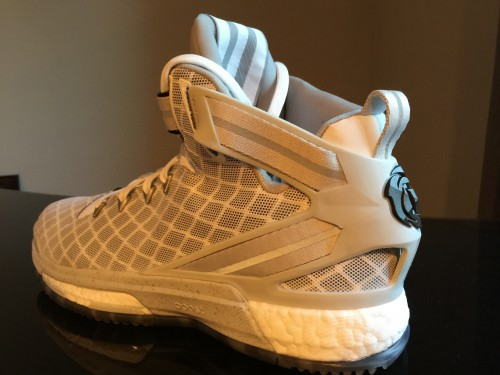 2adidas d rose 6 wide feet